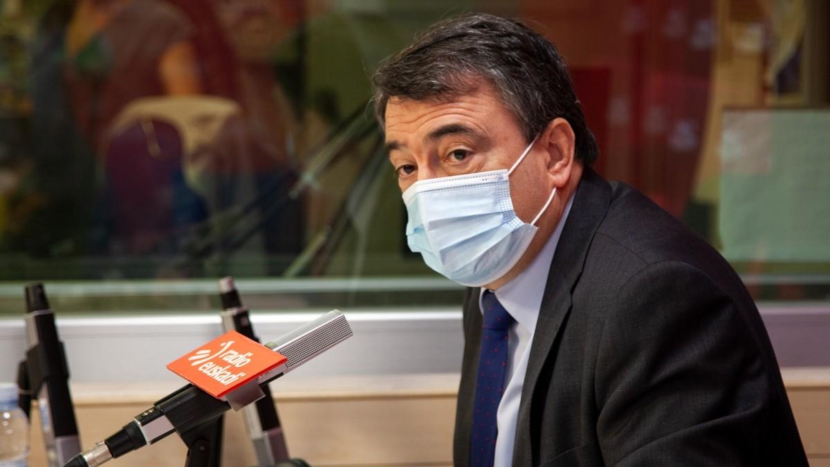"""Aitor Esteban: """"O-14az geroztik Espainiak argi baino argiago izan beharko luke gai bat itxi gabe daukala oraindik: Nazio auzia Euskadin eta Katalunian"""""""