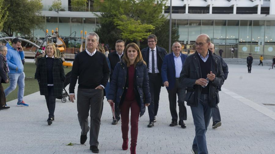 Mitina Gasteiz. Mikel Legarda, Almudena Otaola, Iñigo Urkullu, Andoni Ortuzar