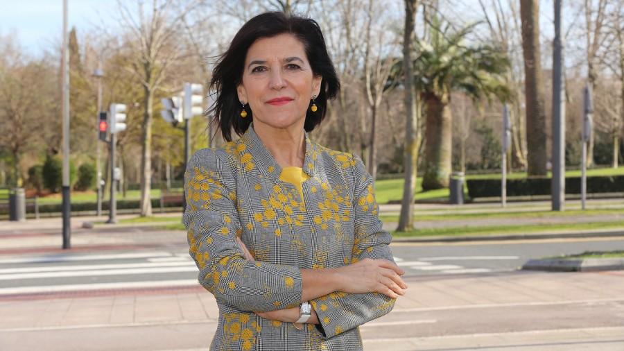 Izaskun Bilbaok EBko gobernuei erreklamatu die epe barruan amai ditzala Europako mugaz gaindiko garraio sareak